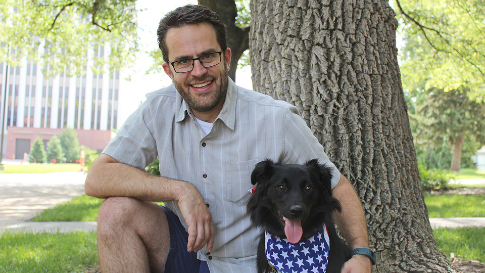 Red, white and bark: Stevens' offers tips to soothe anxious canines